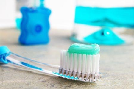 whitening mouthwash